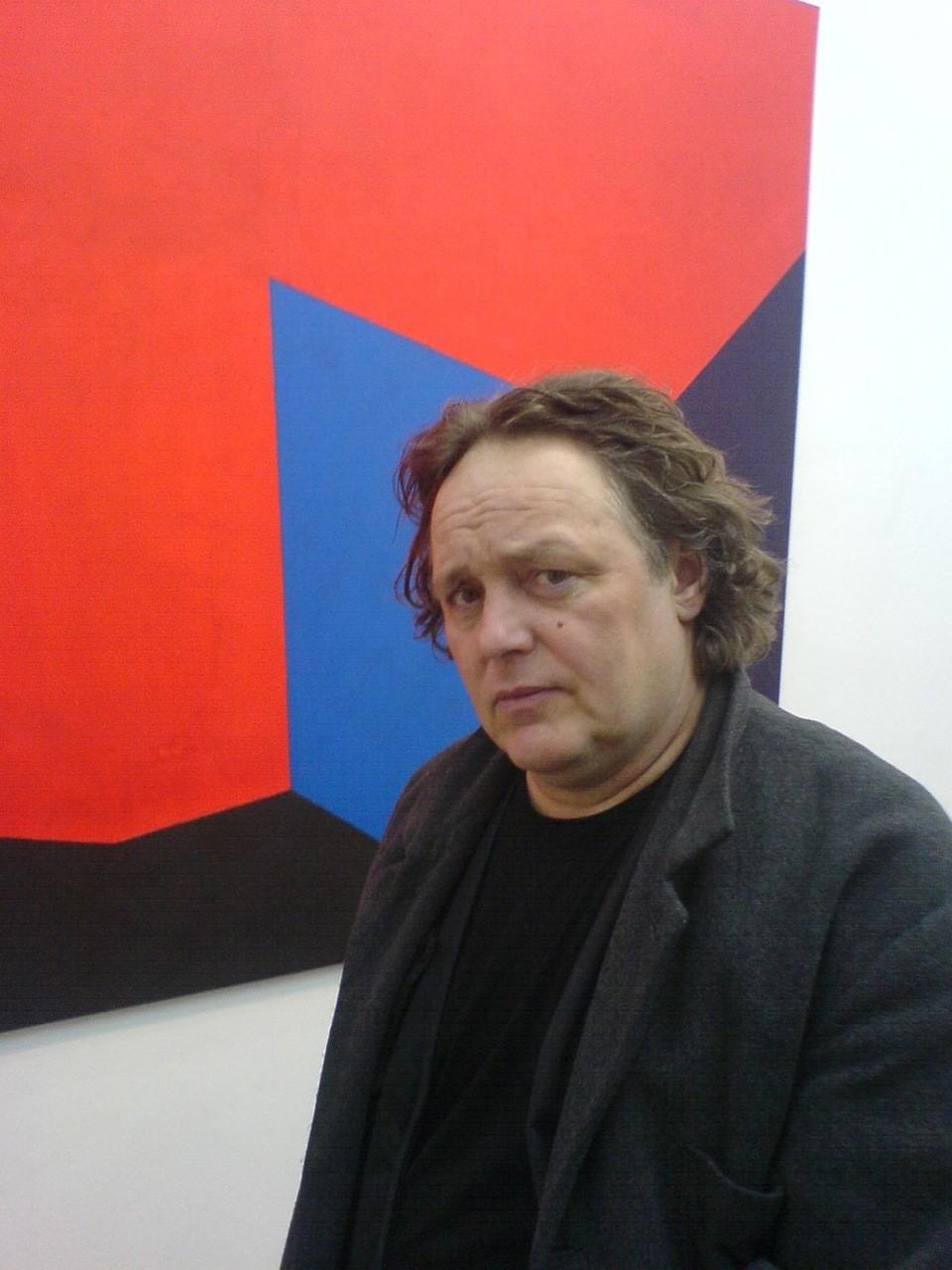 Michael Jansen - in front of his painting
